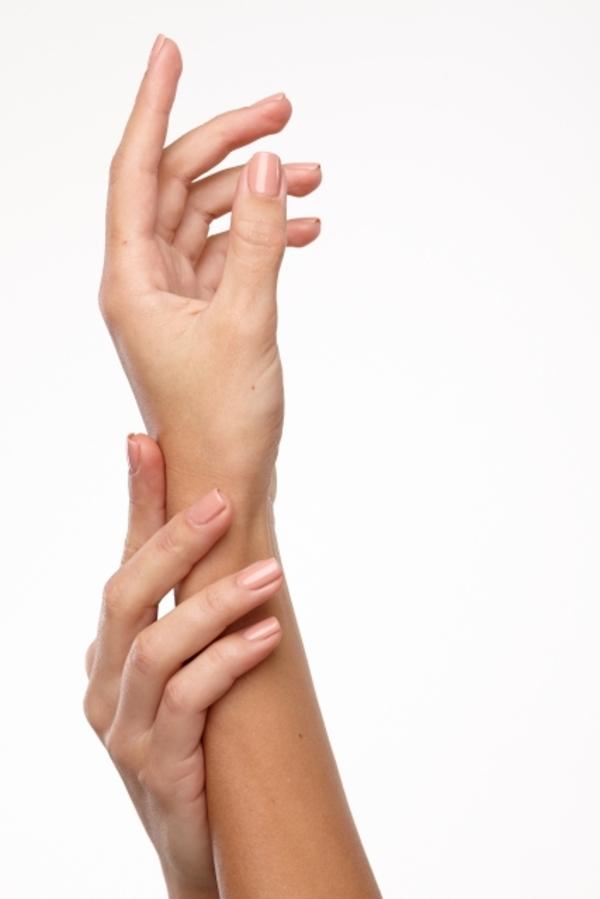 「爪とはいったい何なのか?美容に必要な爪の基礎知識を解説」