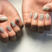 clear blue Gray nail